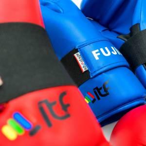 FUJIMAE ADVANTAGE семи контакт ръкавици ITF approved